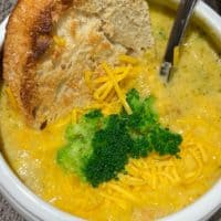 Slow Cooker Broccoli and Cheddar Soup