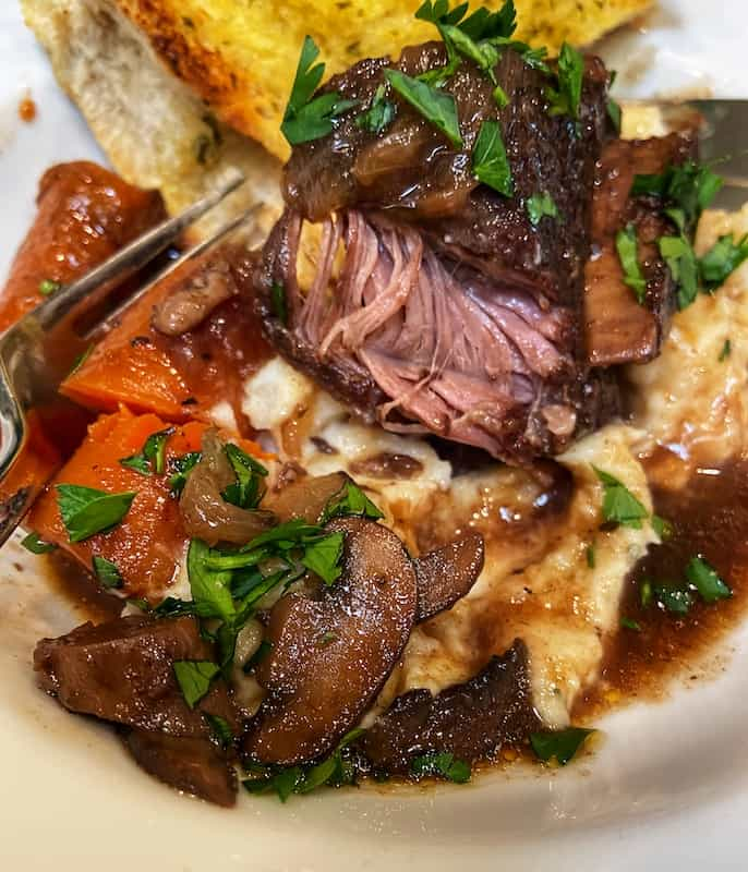 Slow Cooker Short Ribs with Red Wine