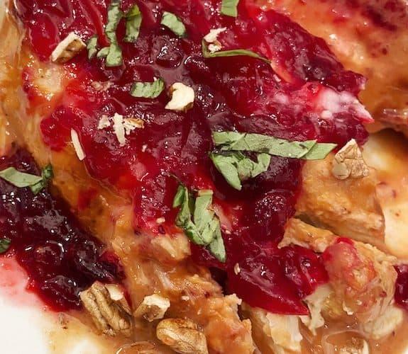3 ingredient slow cooker cranberry chicken